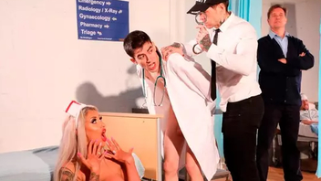 Boy dressed cognate with doctor has an XXX episode with outstanding nurse