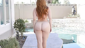 Red-haired Perv-Mom with saggy tits rides hard cock outdoors wide of pool
