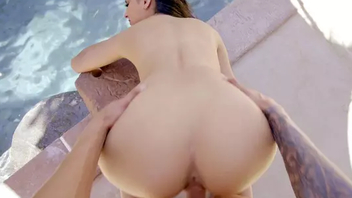 Eliza Ibarra is fucked by counterpart pornography actor by the outdoor pool
