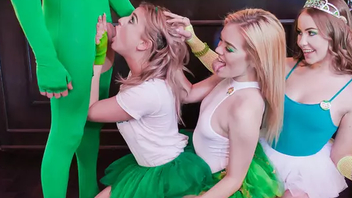 At St. Paddy's day three hotties embark ban Hard-core sex party in bar