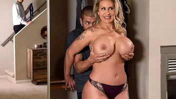 Sneaky Mom 3 Starring Ryan Conner - XXX Brazzers HD
