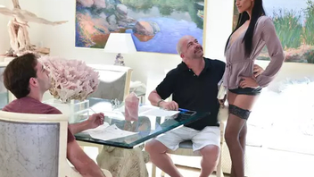 Gorgeous mom Gia Vendetti seducing her son here a taboo copulation video
