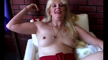 Saucy south african venerable spunker loves to fuck her wet slit